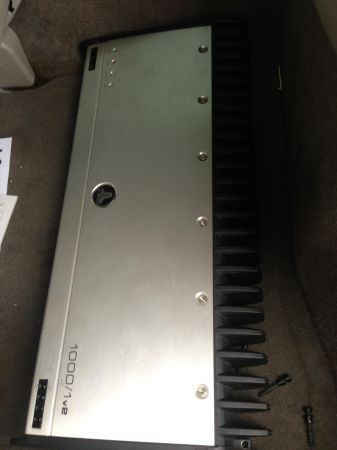JL audio 10001 2 kicker L7 12 - $850 (New orleans)