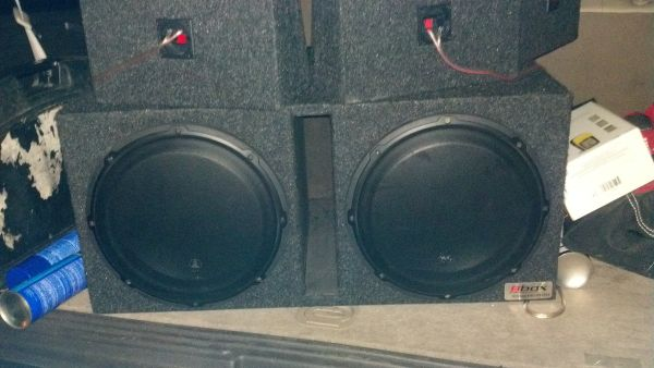 2 12INCH JL AUDIO W3 SUBWOOFERS IN PORTED BOX - $400 (KENNER)