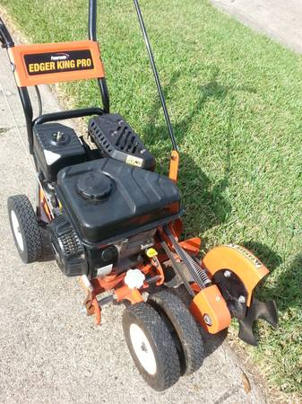 Edger - Gas Powered Professional lawn edger - $230 (Kenner, LA)