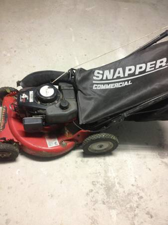 2stroke Commercial snapper push mower - $475 (New Orleans )