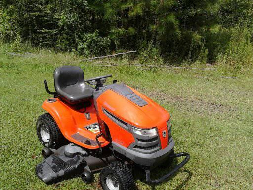 For Sale 2008 Husqv 23hp 48 Tractor - $850 (Slidell)