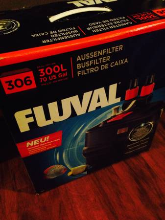 NICE 30 GALLON FISH TANK, STAND AND FLUVAL 306 CANISTER FILTER - $175 (NEW ORLEANSWESTBANK)