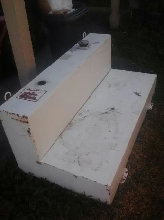 105 gallon fuel tank - $200 (Pearl river la,)