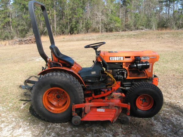 Kubota B7100 4X4 Hydrostatic W 60 Belly Mower - $4500 (Picayune MS)