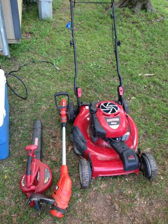 Self propelled gold series 190cc push mower,  blower, and weed eater. - $250 (Hammond)