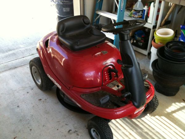 Craftsman Riding Mower DRM500 - $150 (Madisonville)