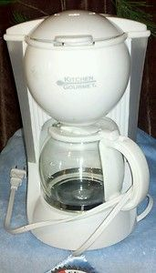 New Kitchen Gourmet 4-Cup Coffee Maker - $14 (New Orleans)