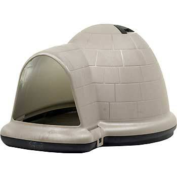 Igloo Dog house Medium lightly used - $65 (New Orleans)