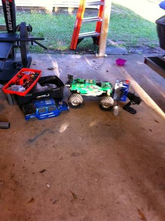 Team Losi Aftershock trade for Guitar Cab (Ponchatoula)