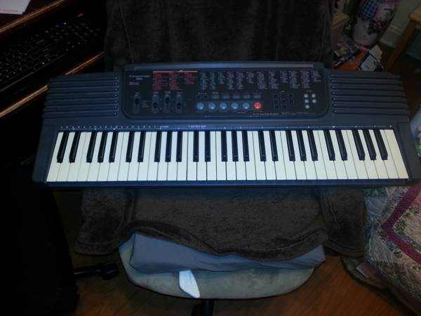 Concertmate 950 Electronic Keyboard - x002495 (Slidell)