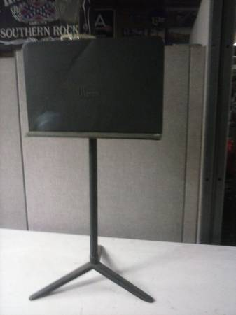 wenger music note stand - x002450 (avondale)