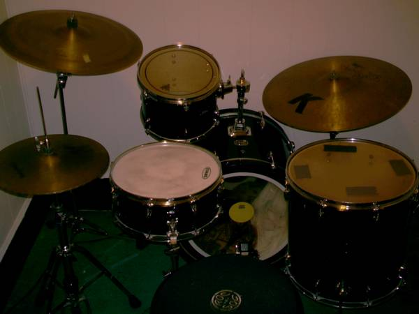Tour Custom drum set with hardware Zildjian Cymbals - $1300 (New Orleans)