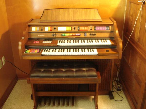 KIMBALL ORGAN (TEMPTATION) MODEL M70 - $750 (SLIDELL, LA)