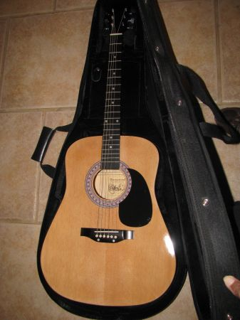 BURSWOOD ELEZAN ACOUSTIC  GUITAR  CASE - $100 (PICAYUNE  SLIDELL)