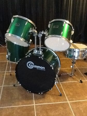5 PC Gammon Percussion Drumset (Drum Set) - $220