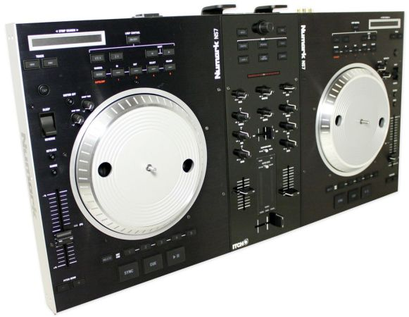 numark ns7fx with odessey flight case - $1100 (Mandeville)