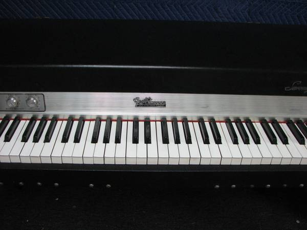 Fender Rhodes Stage 73 Electric Piano 850 Baton Rouge