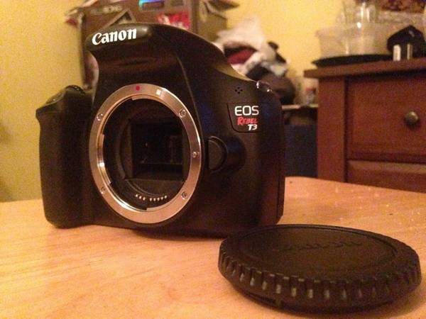 Canon T3   350 or best offer  -   x0024 350  New Orleans East