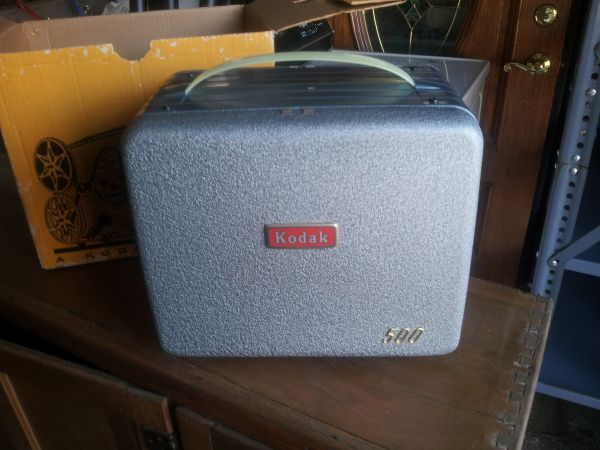 Kodak Brownie 500 - 8mm Movie Projector - $30 (metairie )