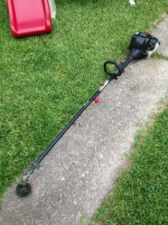 USED Troy-Bilt TB6042 XP Straight Shaft JumpStart Gas Weed Eater - $100 (METAIRIENEW ORLEANS)