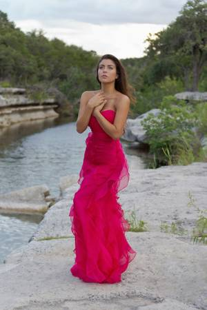 Looking for models who love fashion to help build photography port  North Austin
