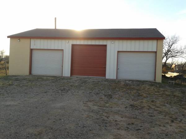 x0024 90   330ft sup2  - Storage 12 X 30 for rent  east San Angelo