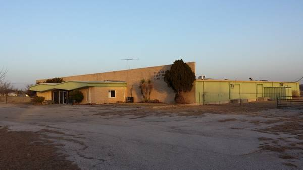 23000ft sup2  - 23000 SQ FT Commercial Bldg REDUCED  Comanche