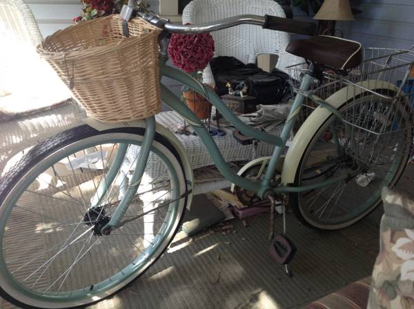 Woman s Huffy Bike 26  -   x0024 50  San Angleo