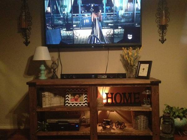Custom Rustic Console Table     -   x0024 160  San Angelo