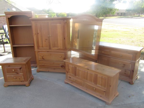 8 piece king bedroom set broyhill fontana 1695 san angelo furniture sanangelo Broyhill master bedroom sets