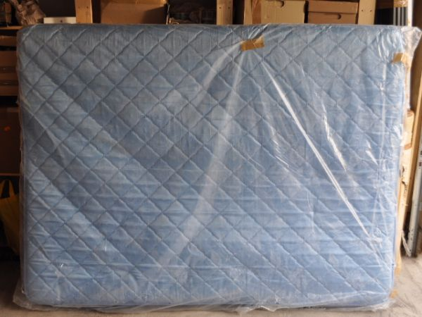 Queen size mattress for sale - $30 (San Antonio)