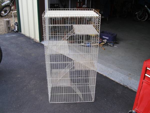 Ferret Bird cage -   x0024 25  Grapecreek