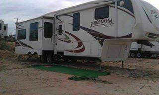 2009 Freedom Elite 39ft Fifth Wheel  -   x0024 35000  Texas RV Park of Big Spring