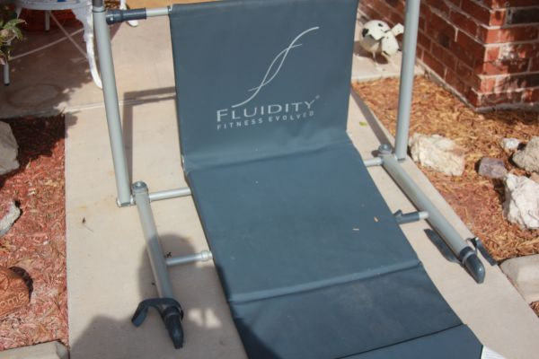 FLUIDITY FITNESS YOGA BAR - $35 (SAN ANGELO)