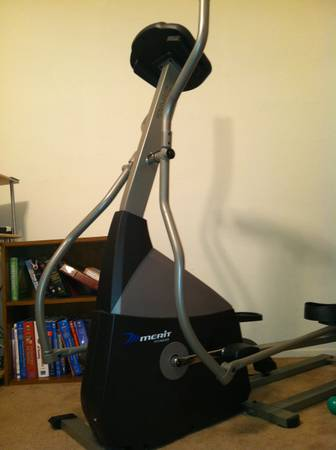 Merit fitness elecptical 720e - $75 (San Angelo Texas)