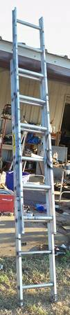 keller 14 foot extension ladder 50 - $50 (san angelo)