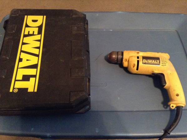 DeWalt electric drill and case - $25 (San Angelo)