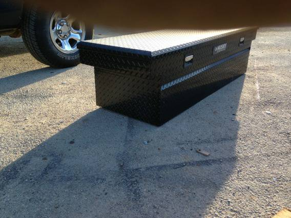 Black diamond plate truck tool box - $100 (Obo)