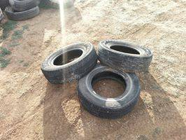 3  215-70 15 tires  25 each -   x0024 25  san angelo
