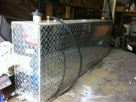 40 gallon Chrome diamond plate auxiliary fuel tank  - $200