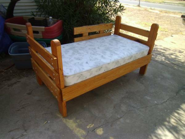 Solid Wood Toddler Bed For Sale