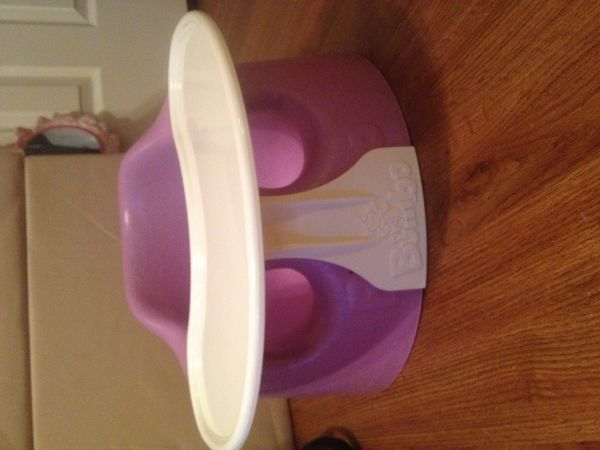 Nice purple bumbo seat with restrain system and tray - $20 (San Angelo)