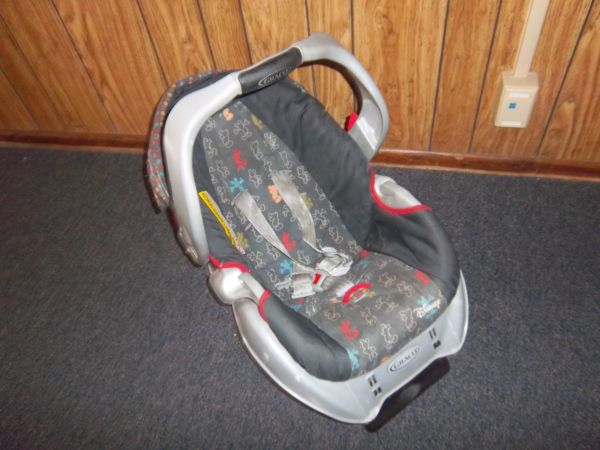 Mickey Mouse baby items - $75 (Grape Creek)