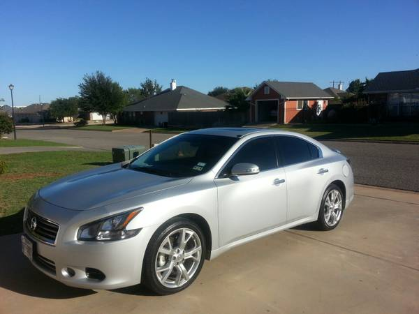 REDUCED 2012 Nissan Maxima Limited Edition-S - $22800 (san angelo)
