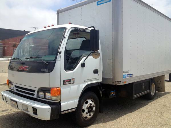2001 GMC 4500 ISUZU NPR VERY LOW MILES 14 FT MOVING TRUCK DIESEL - $11500 (West Los Angeles)
