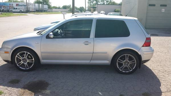 2000 volkswagon gti - $3500 (206 w. washington dr.)