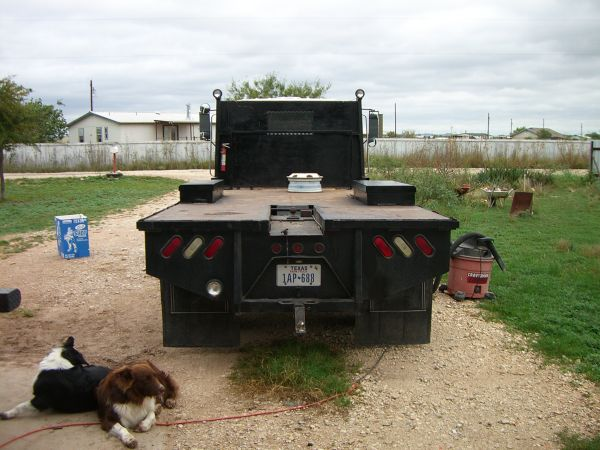 1996 isuzu npr 4500 OWNER Finance. - $5500 (san angelo)