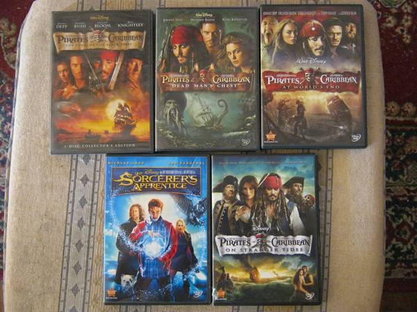 Pirates of the Caribbean Complete  Sorcerers Apprentice - $25 (San Angelo)