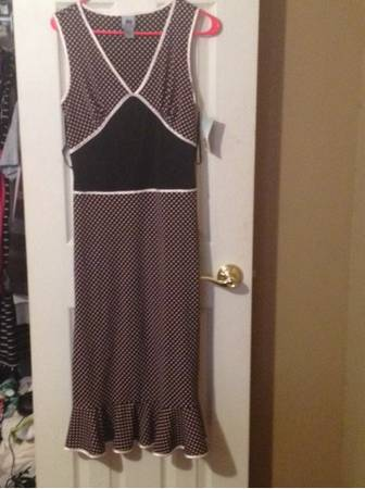 Clothing lot women various sizes ans styles - $35 (Bluffs)