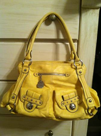 Beautiful Purses Kate Landry Kathy Van Zeeland (Barely Used) - $28 (College Hills)
